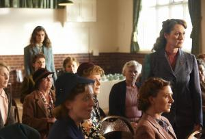 HOME FIRES EP1 10