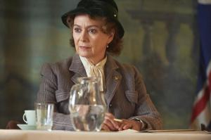 HOME FIRES EP1 15