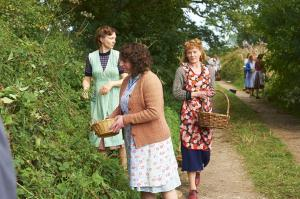 HOME FIRES EP1 22