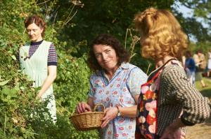 HOME FIRES EP1 24