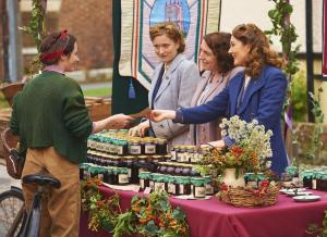 HOME FIRES EP1 28