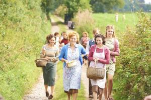 HOME FIRES EP1 33