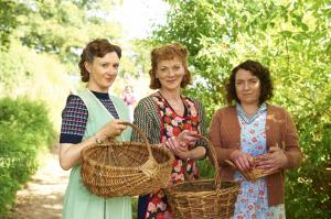 HOME FIRES EP1 34