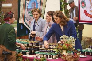 HOME FIRES EP1 27